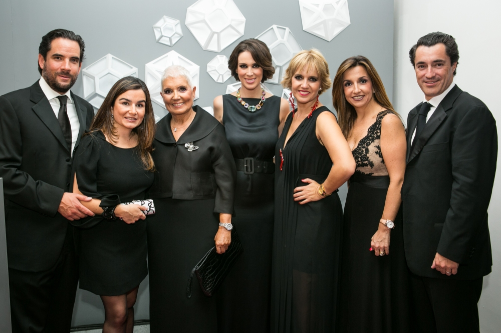 Leonel Schofecker, Ana Mari Arsuaga, Rosa Oriol, Jacky Bracamontes, Rosa Tous, Pilar Arsuaga y Ramon de Pedro