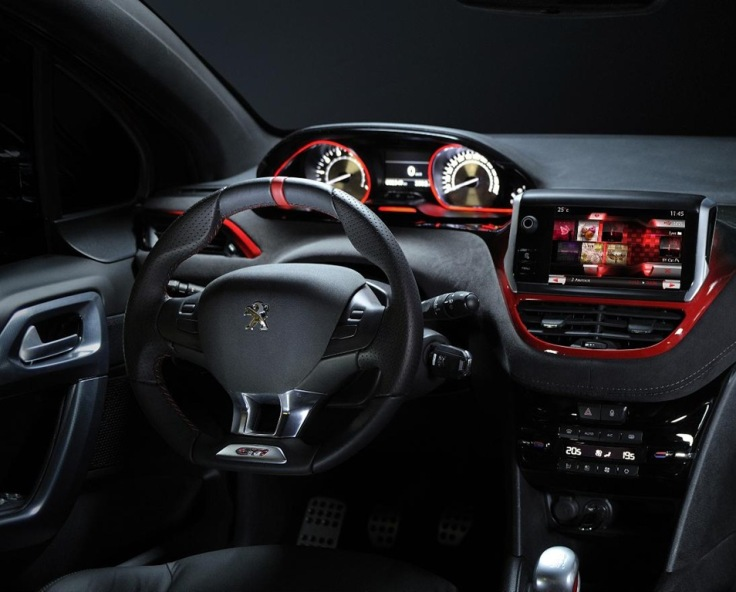 Peugeot-208-GTI-interior