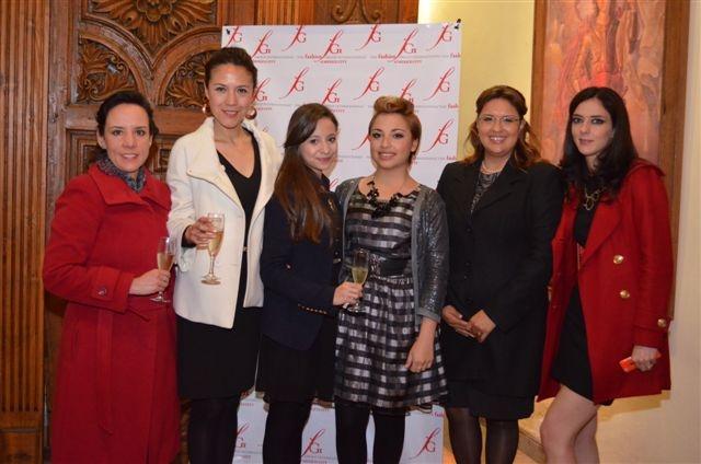 Claudia Romero, Nora García, Daniela Calderón, Edna Gargui, Ana Valdés y Azucena Aguilera