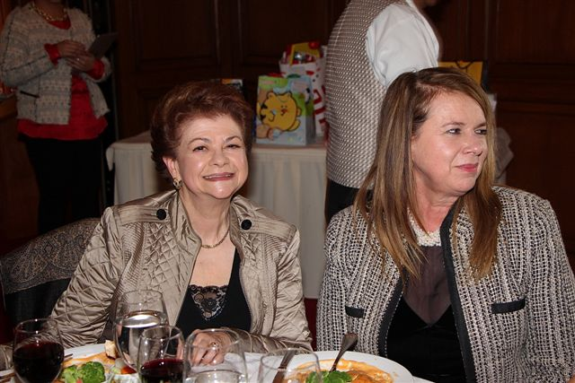ADRIANA BARRERO Y LYDIA LAVIN