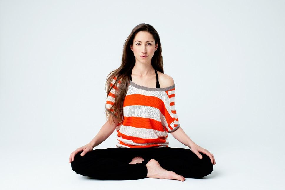 Tara Stiles para Reebok Yoga