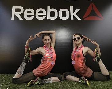 Un poco de yoga en  los Reebok All Terrain