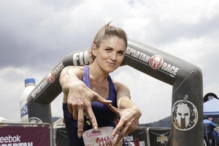 Zoraida Gómez en la meta - Reebok Spartan Race Chicked