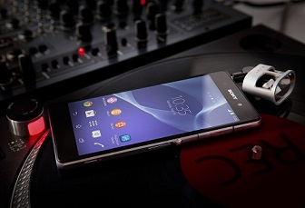 15_Xperia_Z2_Turntable