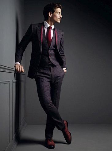 http://www.malemodelscene.net/agencies/ford-models/jarrod-scott-smalto-aw13/