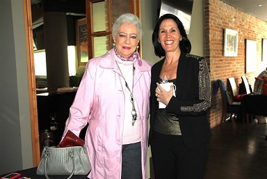 Marylin Goeters y Linda Flores (2)