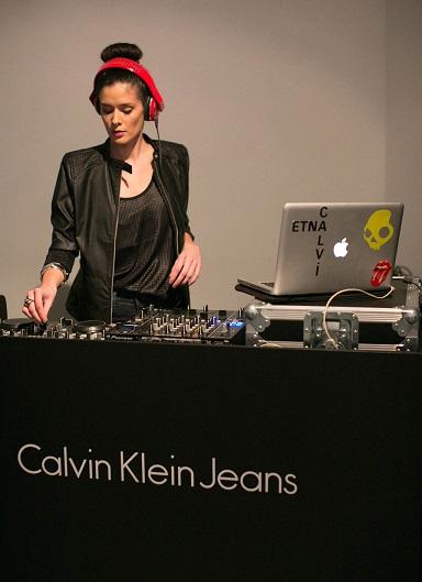 calvin-klein-jeans-mexico-f14-EVENT-dj-etna-calvi-ph-catwalk-studio