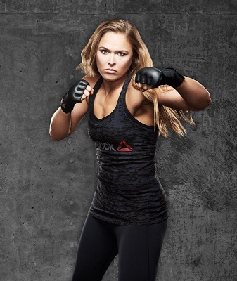 2Reebok firma con Ronda Rousey campeona Mundial de la UFC